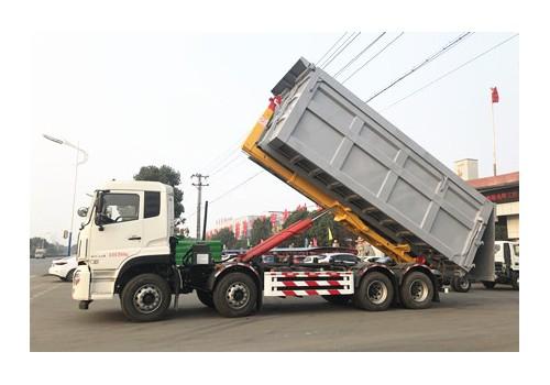 30吨国六天龙勾臂垃圾车