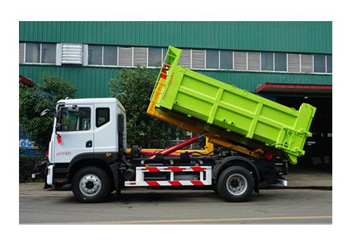 多利卡12吨勾臂式垃圾车