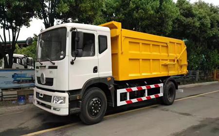 东风对接式垃圾车10-15吨
