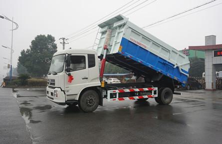 东风天锦18方建筑垃圾车